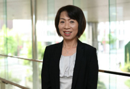河上 久美子Kumiko  Kawakami